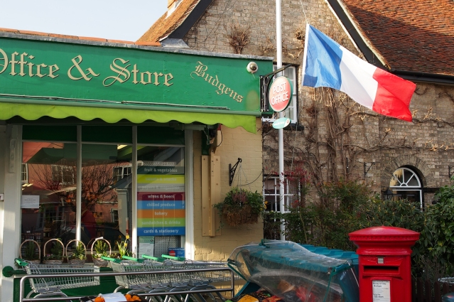 English sympathy for the people of Franc in the wake of the Charlie Hebdo killings.
