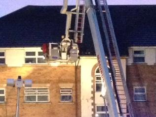 Turntable ladder of London Fire Brigade used to access the roof of the fire in block of flats in Barking. Image: @LFB
