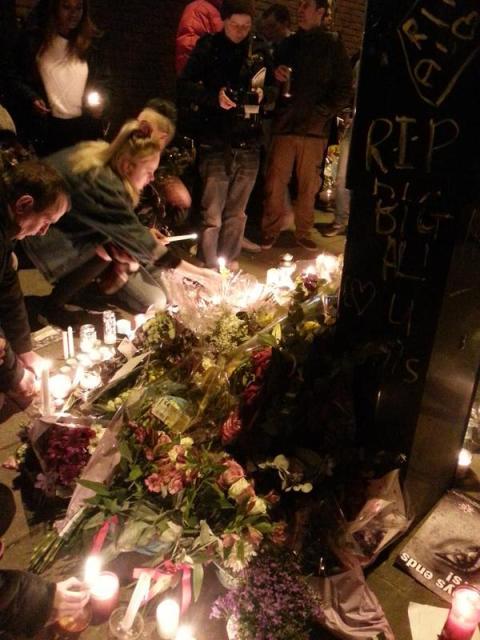 Estimated 600 people held quiet vigil in memory of stabbing victim Alan Cartwright. Image: @emilythornberry