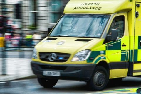 London_ambulance_motion_blur