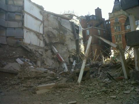 Building collapse in Portugal Street. One man injured. Image: @LondonFire