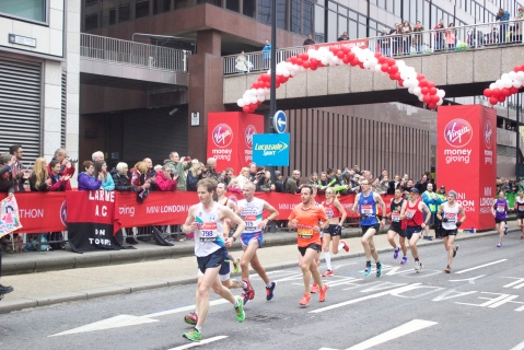 Paula Radcliffe looking strong during her final competitive London Marathon. pic: Katie Rogers