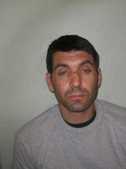 Mark Robertson- prolific burglar jailed for 4 years. Image: Met Police