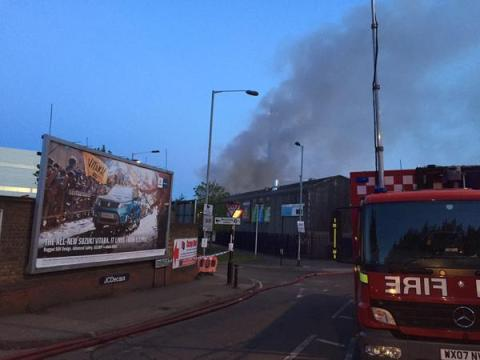 Trundleys Road warehouse fire in Deptford. Image: @MPS Lewisham