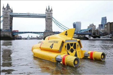 Thunderbird 4 approaching Tower Bridge. Promoting the return of the series to ITV. Image: ITV
