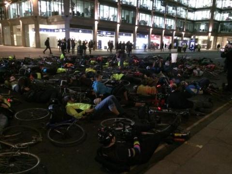 'Vigil and die-in' in Victoria Street after last cycling fatality. Image: Tom Edwards BBC