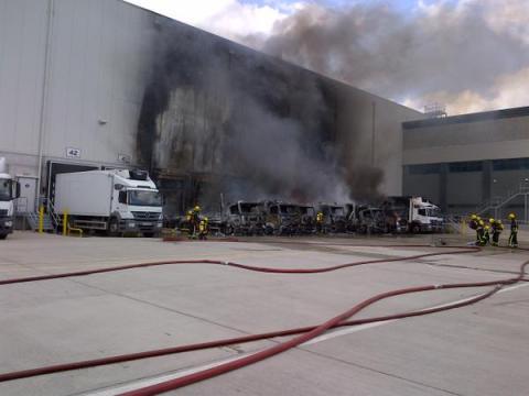 LFB crews tackling Charlton warehouse blaze that could be seen as far as Twickenham. Image: @LondonFire
