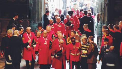 Chelsea Pensioners- veterans of World War II arriving at Westminster Abbey for the 75 Victory in Europe Day service of remembrance. Image:@wabbey
