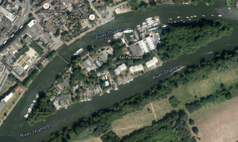 Eel Pie Island on the River Thames near Twickenham. Image: Google Satellite.