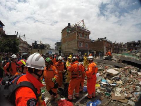 London Firefighters using their skills and expertise in the earthquake devastation of Kathmandu. Image: @LondonFire
