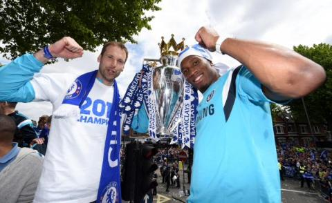 Petre Cech and Didier Drogba- possibly a departing duo. On the top deck of the Chelsea FC bus on their victory parade around West London. Image: @ChelseaFC