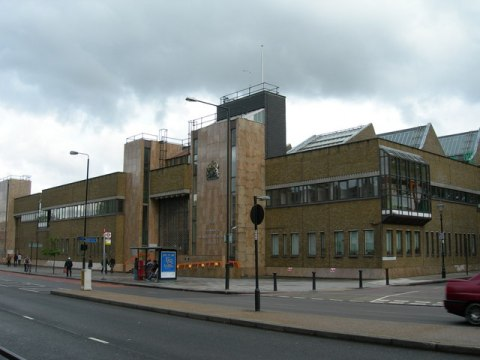 """""""Thames Magistrates Court, Bow"""" by Danny Robinson. Licensed under CC BY-SA 2.0 via Wikimedia Commons -"""