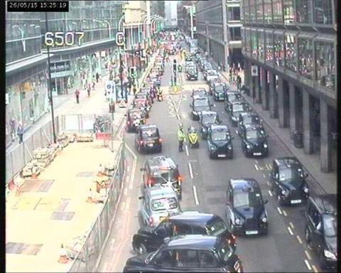 London Black Cabbies protest at illegal taxis in London in Victoria Street. Image:@TfLTrafficNews