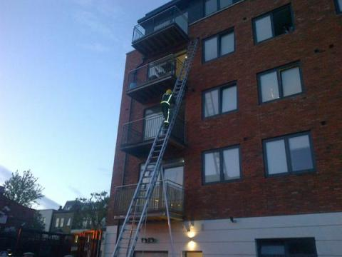 Firefighters deal with balcony fire after summer barbacue left unattended. Image:@LondonFire