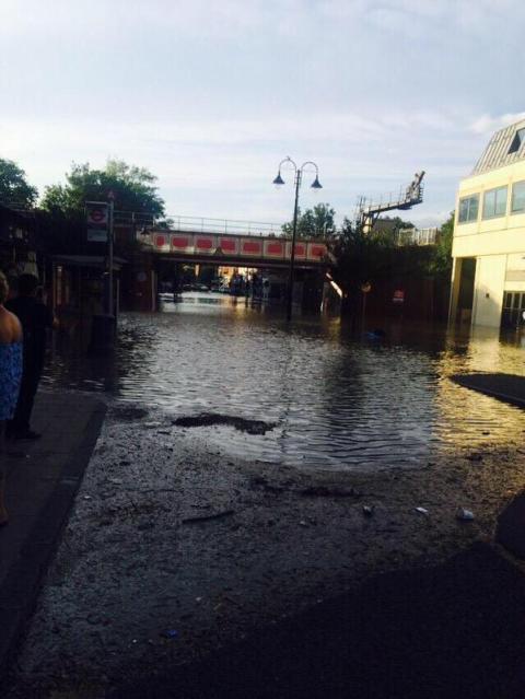 Burst water main in New Malden. Image:@LondonFire