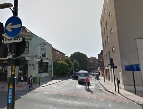 Junction of Queen Elizabeth Street and Tower Bridge Road (A100) Image: Google Street View