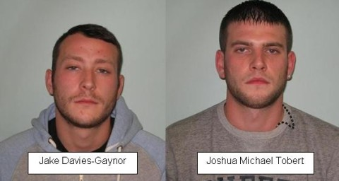Two men Kingston Police wish to speak to in connection with an assualt in New Malden. Image: Met Police