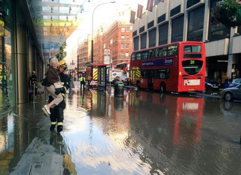 Victoria Street flooded Saturday evening. Image:@LondonFire