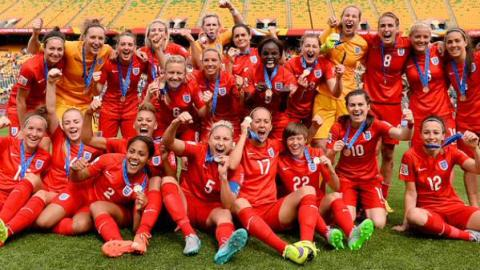 England Lionesses celebrate Bronze medal in the World Cup 2015 after beating Germany 1-0. Image: @England
