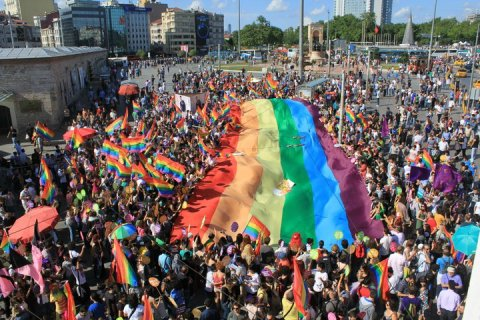 Gay Pride, Taksim Square, Istanbul. Image: Jordy 91 at English Wikipedia. Wikipedia Creative Commons.