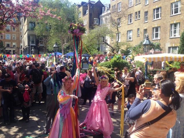 Maypole dancers, Covent Garden (Image: Emma Roberts)