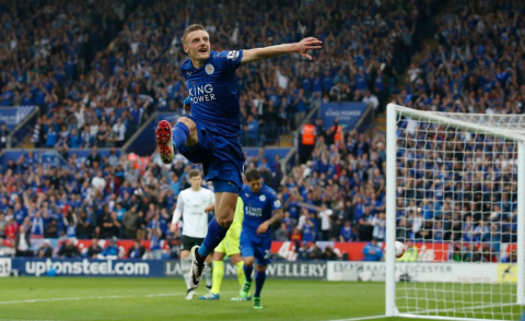 Vardy celebrates after putting away a penalty to make it 3-0 to the Foxes. Image: @premierleague