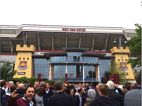 West Ham fans say goodbye to Boleyn ground. Image: Al Riddell