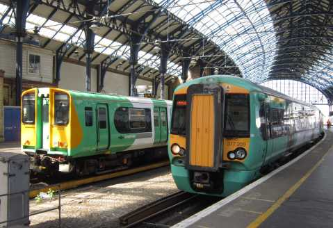 southernrailtrainsatbrightonstation