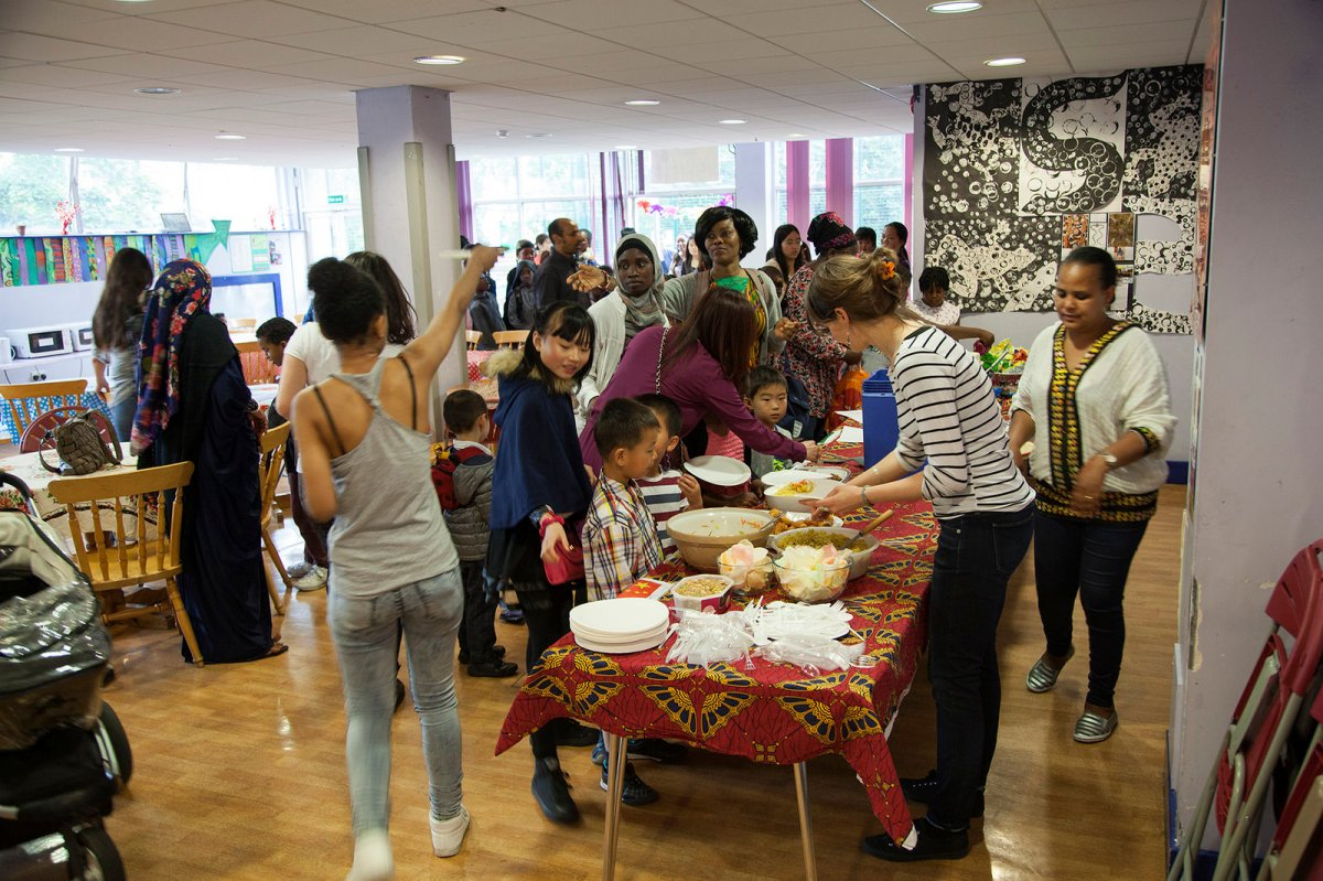 Refugee Charity Successfully Crowd Funds Free Food Bank In